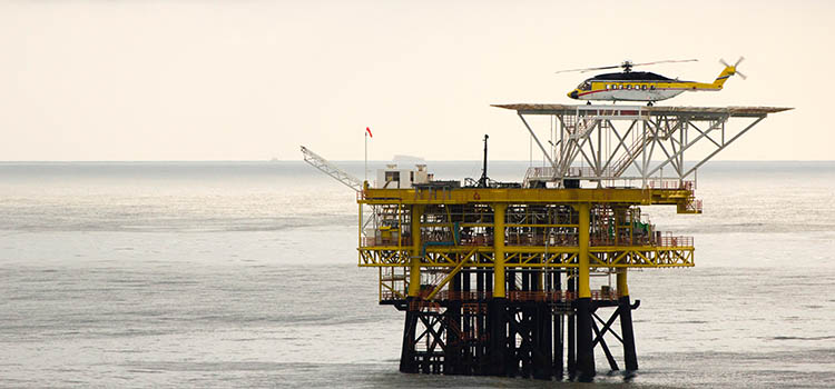 Helicopter Lift Services - Oil Rig