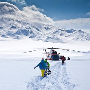 Kitchener Heli-Skiing Adventures - Kitchener Helicopter Lift Solutions