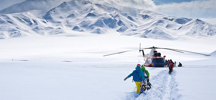 Kenosha Heli-Skiing Adventures - Kenosha Helicopter Lift Solutions