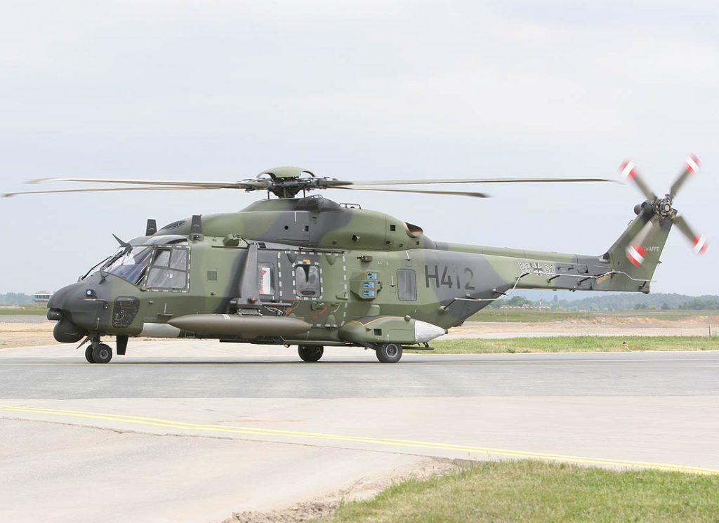 Top 7 Best Heavy Lift Helicopters
