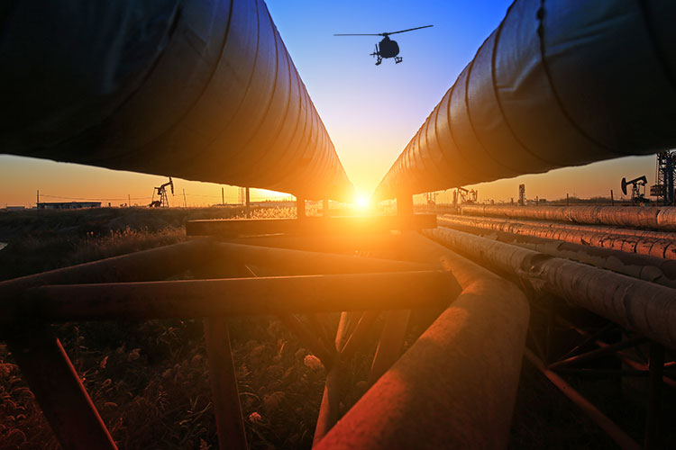 Helicopter pipeline surveys in Utah