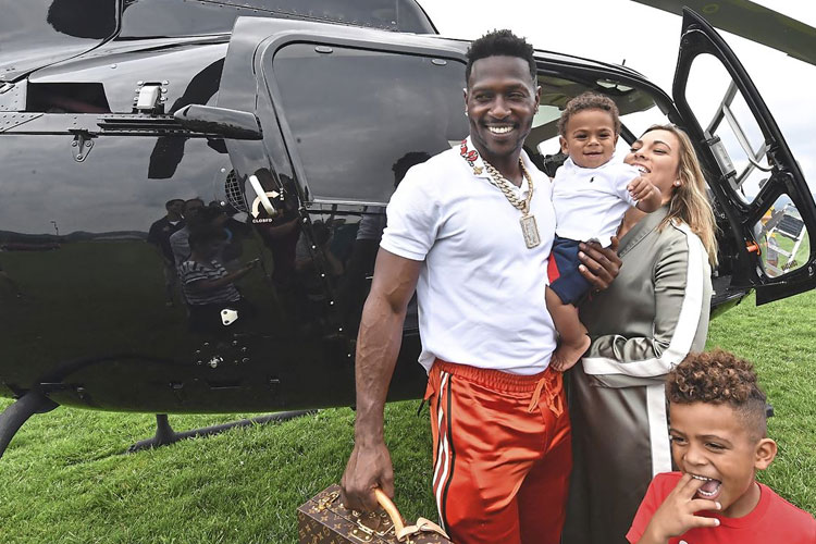 FairLifts Flies Antonio Brown to Training Camp with a Helicopter Charter