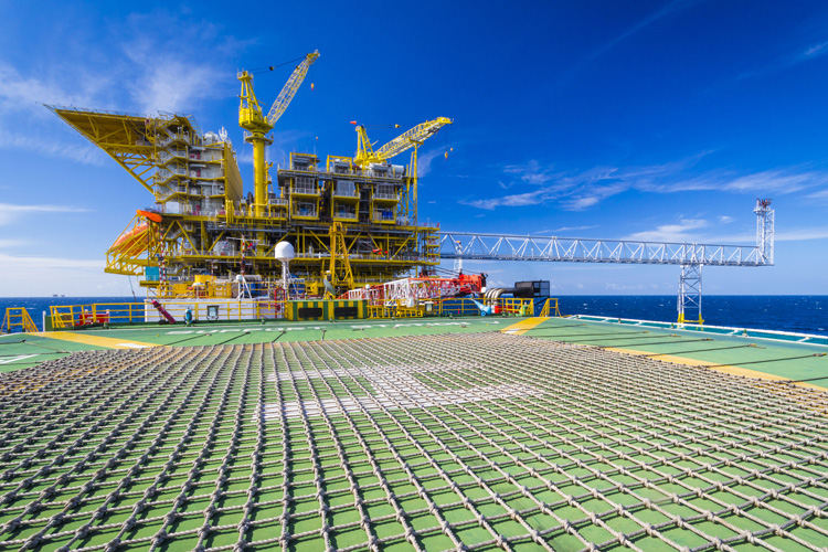 Offshore Energy (Oil, Gas, Wind): - Helicopter Air Freight