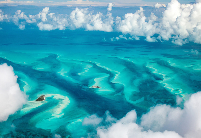 Reach the Bahamas from Miami by Helicopter Charter