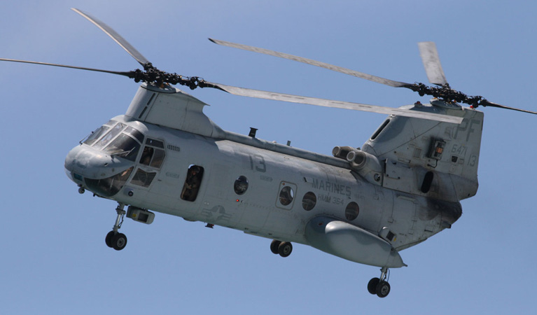 "Boeing CH-46 ""Sea Knight"" - Aerial Firefighting"