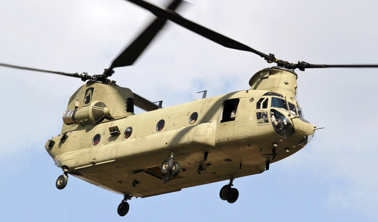"Boeing CH-47 ""Chinook"" - Helicopter Air Freight"